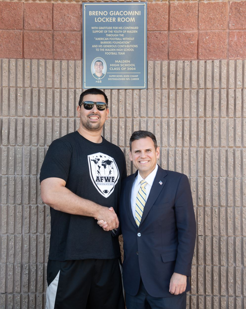 Breno Giacomini and Mayor Gary Christenson