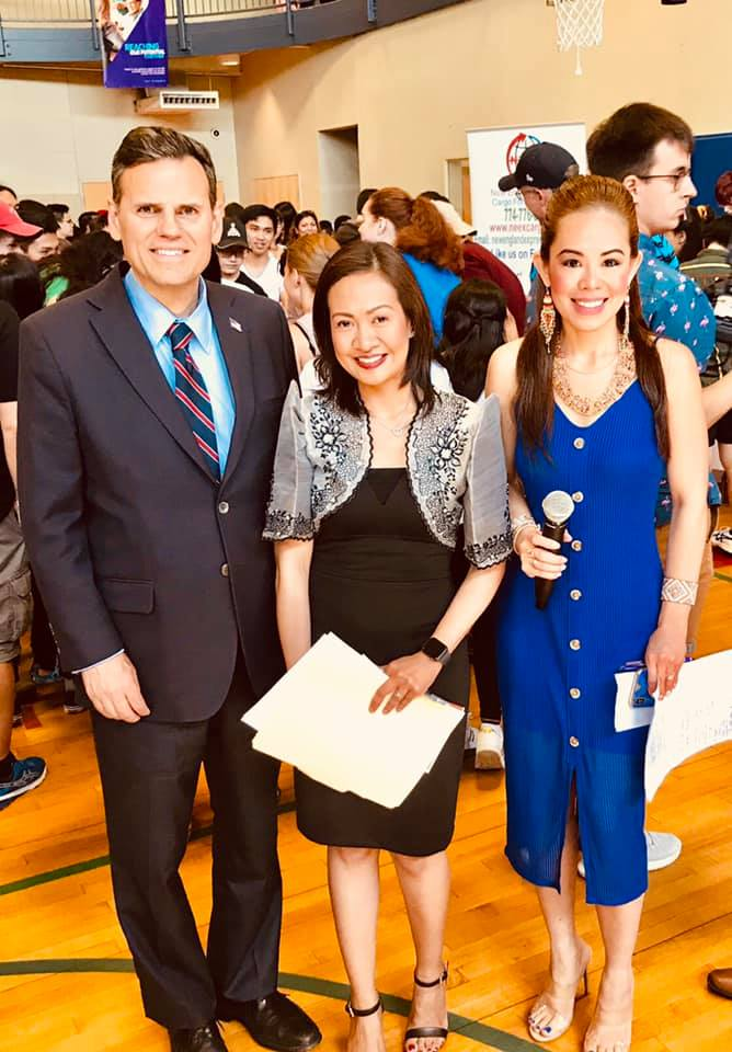 Mayor Gary Christenson, Filipino Festival Organizer Kristine Bautista and host Marylaine Louise Vier