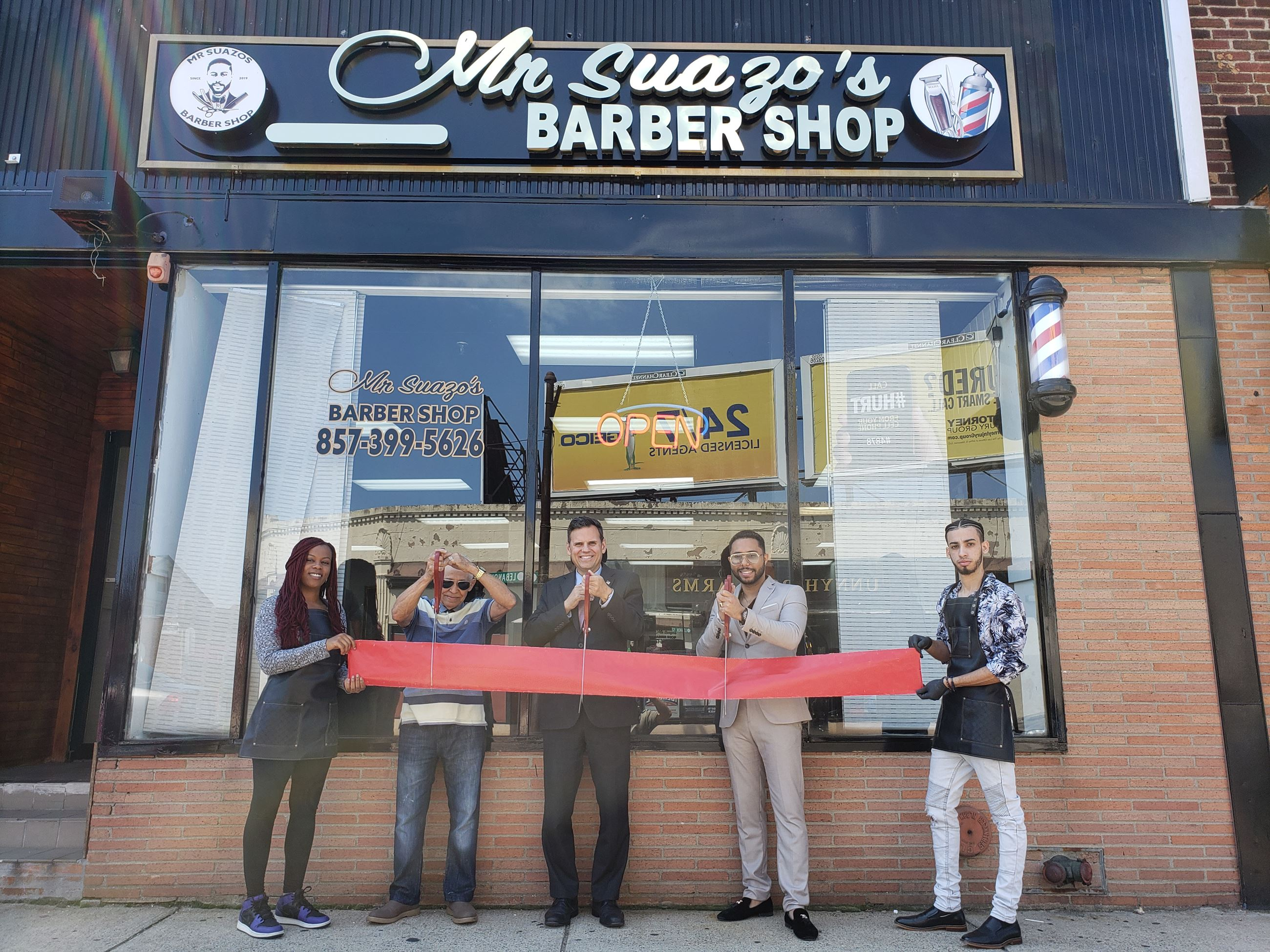 Ribbon Cutting of Mr. Suazos Barbershop