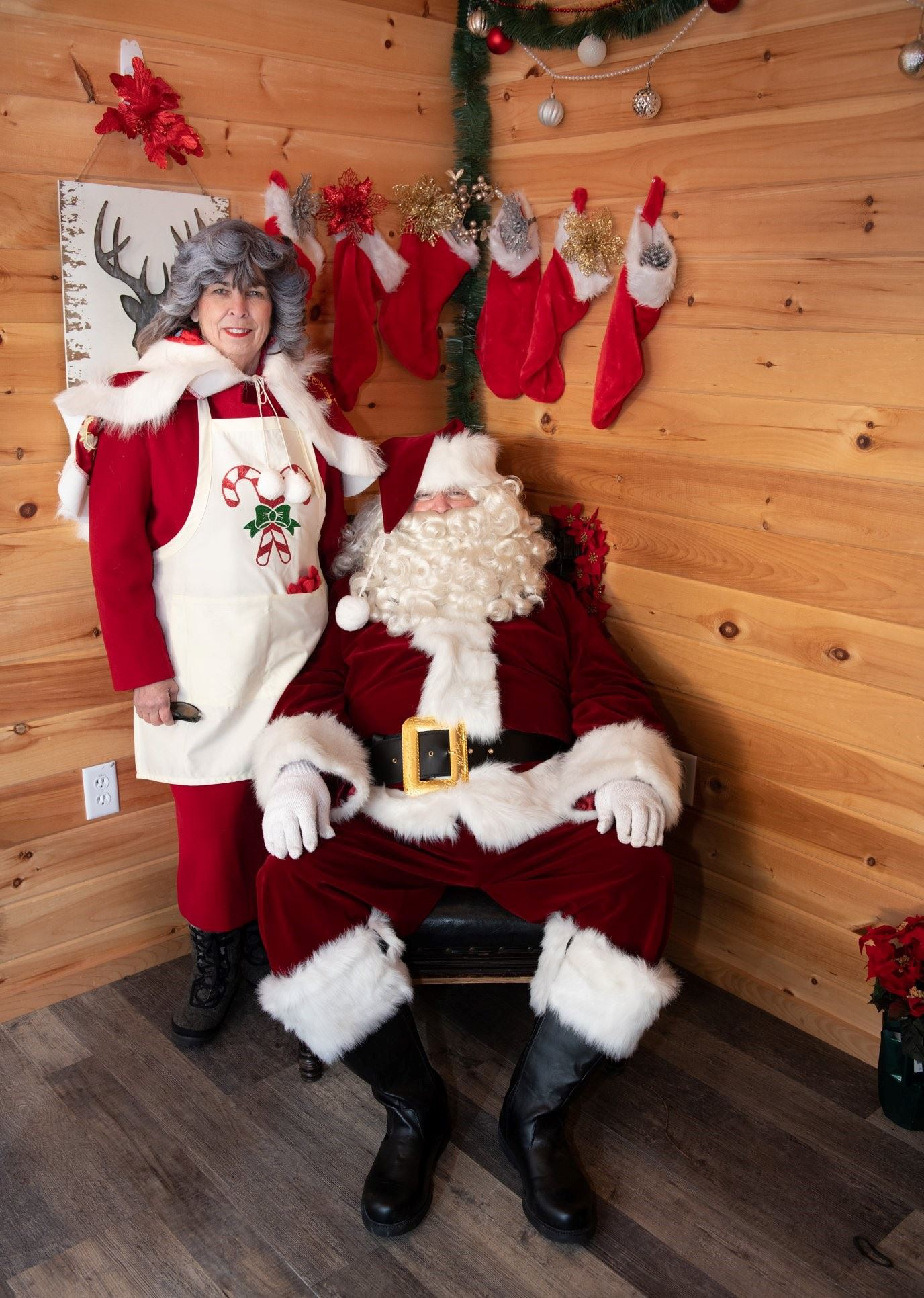 Mr. & Mrs. Claus at Pine Banks Park